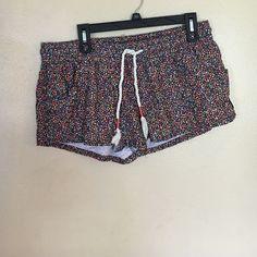 Nwot roxy shorts Flowered shorts. Never worn from roxy Roxy Shorts