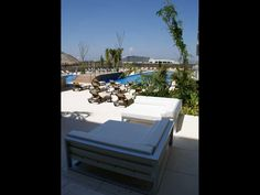 . Outdoor Furniture Sets, Outdoor Decor, Sun Lounger, Home Decor, Beach Club, Acapulco, Gardens, Chaise Longue, Decoration Home