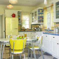 Yellow refrigerator!! Kitchen colors and continuity - Home Decorating & Design Forum - GardenWeb