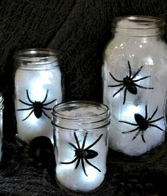 These DIY Halloween Decorations will make your house look spooky on small budget! They're all really easy to make! house 26 DIY Halloween Decorations That Are Cheap and Easy To Make Spooky Halloween, Halloween Spider Decorations, Dollar Store Halloween, Spooky Decor, Halloween Birthday, Halloween Party Decor, Holidays Halloween, Halloween Crafts, Happy Halloween