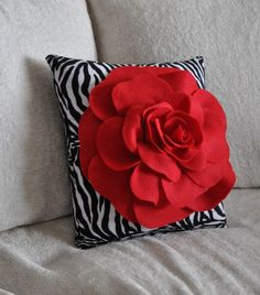 Red Rose on Zebra Pillow - size Bedroom Home Diva Decor Sassy statement, Animal lovers decor gift for her Diy Pillows, Custom Pillows, Decorative Pillows, Throw Pillows, Cloth Flowers, Felt Flowers, Creation Deco, Flower Pillow, Pillow Quotes