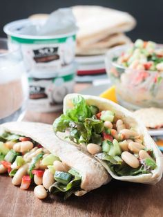 A super quick and easy White Bean Salad. Perfect on it& own, as a sandwich in pita bread or a wrap, or served alongside crackers for a healthy snack. Vegan Sandwich Recipes, Vegan Recipes Videos, Vegan Dessert Recipes, Healthy Salad Recipes, Vegan Recipes Easy, Healthy Snacks, Vegetarian Recipes, Vegan Sandwiches, Vegan Meals