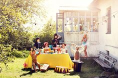 adorable Circus party! Guests dress accordingly!