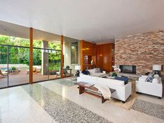 A William Stephenson House for Sale in Beverly Hills (2)