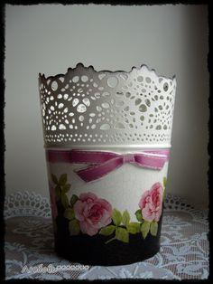 Plastic Planter, Planter Pots, Diy Crafts For Home Decor, Hat Boxes, Clay Pots, Painted Furniture, Stencil, Decoupage, Shabby