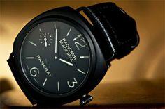 Panerai Radiomir Black Seal. Panerai Radiomir Black Seal, Panerai Watches, Smart Watch, Mens Fashion, Ceramics, My Style, Design Tutorials, Casual Wear, Moda Masculina