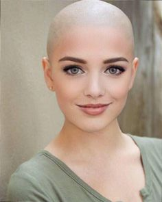 Total focus on the face ! Love bald - Another! Bald Head Women, Shaved Head Women, Short Hair Cuts, Short Hair Styles, Style Audacieux, Bald Look, Shave My Head, Going Bald, Bald Hair