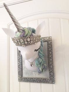 Large Faux Taxidermy Unicorn от MisfitMenagerie на Etsy