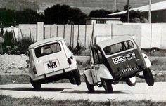 Renault 4 y Citroën 2CV a dos ruedas