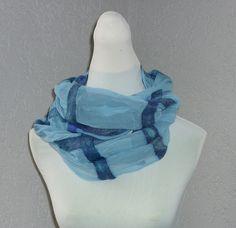 """Filzschals - Loopschal """"Blau"""" Seidenschal - ein Designerstück von CH-FilzKunst bei DaWanda"""