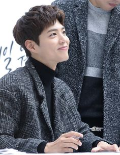 """""""161119 ♡ tngt fansign dwloveuj // do not edit or remove watermark."""""""