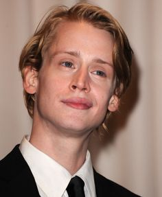 Macaulay Culkin poses in the press room at the 82nd Annual Academy Awards held at the Kodak Theatre on March 7 2010 in Hollywood California on March...