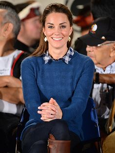 Princess Kate Braves the Canadian Rain in Her Favorite 12-Year-Old Boots!| The British Royals, The Royals, Kate Middleton