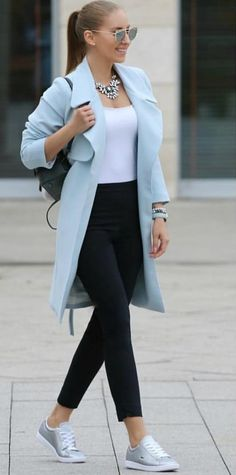 Spring into Style This Year – Best Spring Outfits – Designer Fashion Tips Winter Dress Outfits, Cute Winter Outfits, Spring Outfits, Casual Winter, Dress Winter, Mode Outfits, Chic Outfits, Fashion Outfits, Womens Fashion