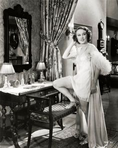 Fay Wray in Mystery of the Wax Museum Vintage Hollywood, Classic Hollywood, Hollywood Vanity, Hollywood Glamour, Hollywood Stars, Erich Von Stroheim, Fay Wray, Wax Museum, Vintage Glamour