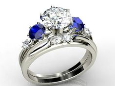 Love saphire engagement rings, similar to my grandmothers engagement ring