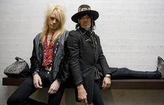 Michael Monroe (left.) And Andy McCoy, the band has been exported as far as possible.