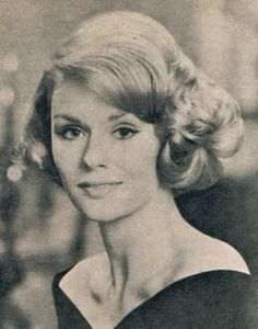Beautiful 1960s Hairstyles for Short Hair