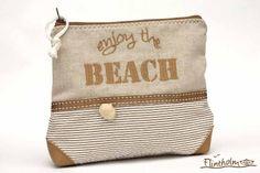 Maritime Kosmetiktasche Schminktasche  Beachgirl  von FLINTHOLM   auf DaWanda.com