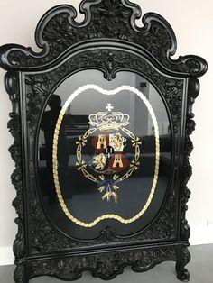 Kast met wapen van ridder van gulden vlies, Escudo de armas real de espana, heraldica, leon, borbon