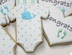 Onesie cookies with foot and handprints on them Baby Boy Cookies, Onesie Cookies, Baby Shower Cookies, Cute Cookies, Cupcake Cookies, Sugar Cookies, Iced Cookies, Whale Cookies, Cookie Frosting