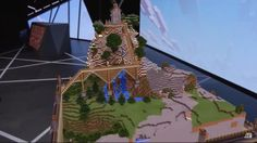 Minecraft is coming to HoloLens, and it turns you into a god of blocks