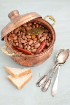 #Balkan #bean #stew (aka #grah or #pasulj) is a #one-pot, hearty-stock stew made with just a few ingredients. It does take 4 hrs to make (most of which you don't have to be present for), but boy do good things come to those who wait! | balkanlunchbox.com