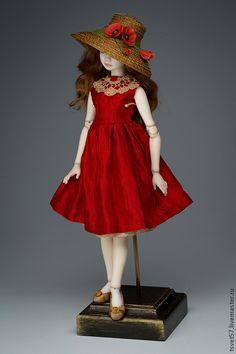 """Коллекционные куклы ручной работы. Ярмарка Мастеров - ручная работа Шарнирная фарфоровая кукла """"Девочка в красном"""". Handmade."""