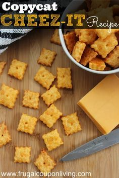 Copycat Cheez-It Recipe – It is so easy to make your own crackers and this could easily become organic cheese crackers!Homemade Copycat Cheez-It Recipe – It is so easy to make your own crackers and this could easily become organic cheese crackers! Homemade Crackers, Homemade Cheese, Snacks Homemade, Homemade Cheez Its, Diy Snacks, Homemade Recipe, Homemade Cookies, Recipe Recipe, Homemade Gifts