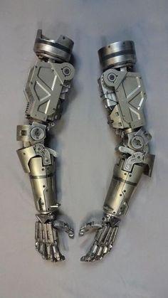 Chappie screen used weta tetravaal assembly line scout set Mechanical Arm, Mechanical Design, Robot Concept Art, Armor Concept, Robot Design, Art Design, Armadura Cosplay, Robot Parts, Robots Characters
