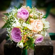 Unique flower arrangements for every occasion. We offer same day delivery in Market Drayton and Shropshire area. Unique Flower Arrangements, Unique Flowers, Summer Crop Tops, Girl Body, Grunge Outfits, Country Style, Wedding Flowers, Floral Wreath, Wedding Photography