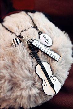 Violin Piano Keyboard Music Necklace Chain Jewellery Vintage Retro