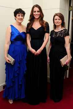 Kate attended a gala dinner in aid of Action on Addiction, wearing navy blue Jenny Packham. via StyleList