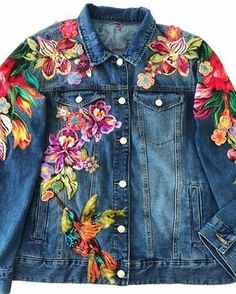 54 Ideas Embroidery Denim Jacket Diy For 2019 Embroidered Clothes, Embroidered Jacket, Denim Jacket Embroidery, Denim Kunst, Gilet Jeans, Denim Ideas, Mode Boho, Painted Clothes, Embroidery Dress