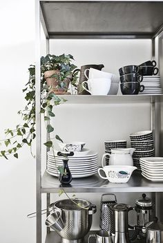 How To Rock IKEA Hyllis Shelves In Your Interior: 31 Ideas (DigsDigs)