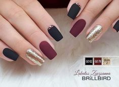 "If you're unfamiliar with nail trends and you hear the words ""coffin nails,"" what comes to mind? It's not nails with coffins drawn on them. It's long nails with a square tip, and the look has. Perfect Nails, Gorgeous Nails, Pretty Nails, Elegant Nails, Stylish Nails, Red Nails, Hair And Nails, Matte Maroon Nails, Nagel Gel"