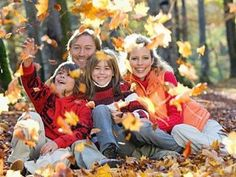 Fall Family Portraits Clothing Ideas | Eureka Springs Top Family Activities for Fall | The Official ...