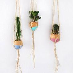 Make a mini macrame hanging garden in dip dyed egg shells. Cute Easter craft. Full tutorial.