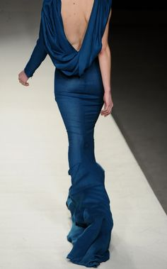 judith-orshalimian:Juanjo Oliva Cibeles Madrid Fashion Week :) via:
