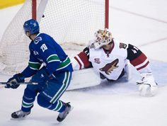 Vancouver Canucks center Brandon Sutter (20) scores on Arizona Coyotes goalie Mike Smith (41) during a penalty shot during the third period of an NHL hockey game in Vancouver, British Columbia, Wednesday, Jan. 4, 2017. (Jonathan Hayward/The Canadian Press via AP) Photo: Jonathan Hayward, AP / THE CANADIAN PRESS