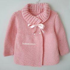 Diy Crafts - Creative Contents about DIY & Crafts, Knitting, Hairstyles, Beauty and more - Diy Crafts Gnaydnlarr Canlar Mutlu Keyifli Pazarl 49518 Crochet Baby Sweaters, Baby Cardigan Knitting Pattern, Knitted Baby Cardigan, Crochet Jacket, Knitted Coat, Baby Knitting Patterns, Knitting Designs, Baby Patterns, Diy Crafts Knitting