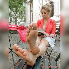 latina lesbian foot fetish View 800X531 jpeg.