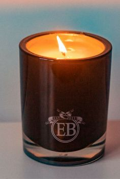 Eric Buterbuagh Candle in Rose and Wood for a modern floral scent Best Candles, Spa Day, Skin Makeup, Candle Jars, Good Things, Rose, Floral, Holiday, Modern