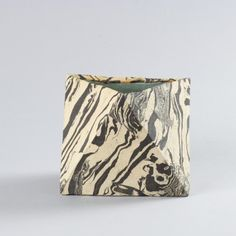 CODY HOYT Marbled planter N°5
