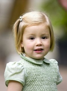 Little princess of Carrie and Robert Kennedy his three boys visit him his new family firstborn baby girl Arabella Louise Genevieve Louisiana Kennedy second birthday mummy four with second baby girl Caroline inaglles Kennedy third nickname Cosette inaglles