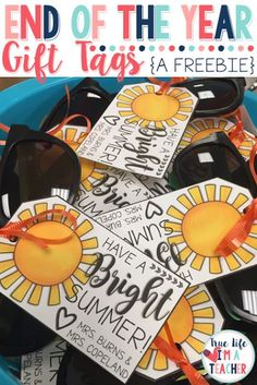 SUPER CUTE end of year gifts for students plus a free printable gift tag! Love!