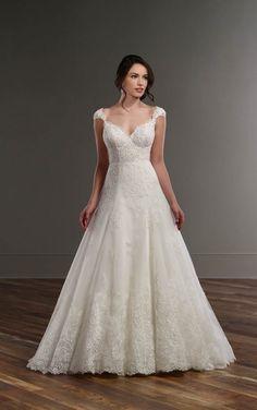 831 Vintage-style lace A-line wedding dress by Martina Liana