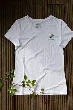 T-shirts designed and sewn entirely in the UK  #organiccoton#slowfashion#ethicalfashion#sustainablefashion Uk Fashion, Ethical Fashion, Slow Fashion, T Shirts Uk, Organic Cotton T Shirts, Mens Sweatshirts, Sustainable Fashion, V Neck T Shirt, Shirt Designs