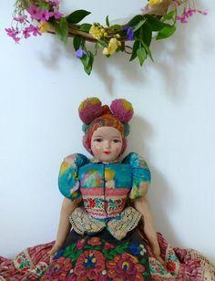 vintage folkloric hungarian matyo doll