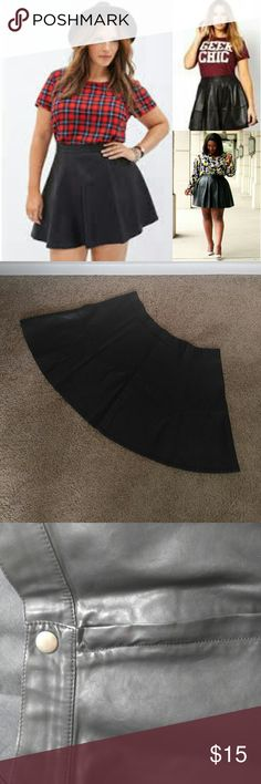 Faux Leather Skater Skirt Faux leather mini Owner wears as highwaisted, also 5'8 If you have a big but the back will not cover it! Forever 21 Skirts Circle & Skater